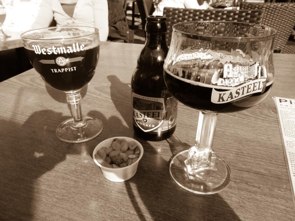 zwei der vielen belgischen Biere